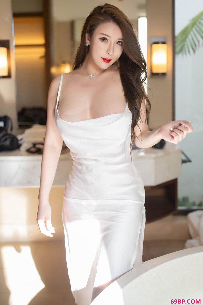 丰满人妻尤妮丝午后白纱入浴勾人_亚洲日本中文字幕制服