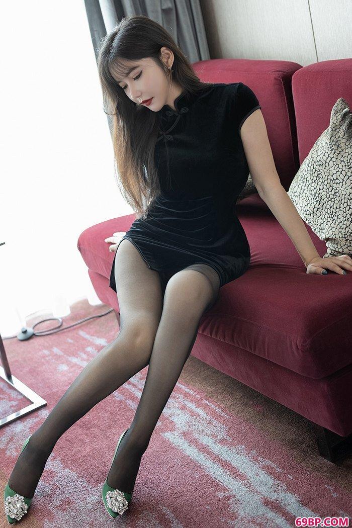 我家娇妻心妍小公主丝滑美胸体态销魂_四川女人23p