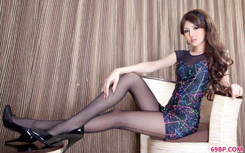 美腿嫩模第1期Michiyo_我的空姐女友
