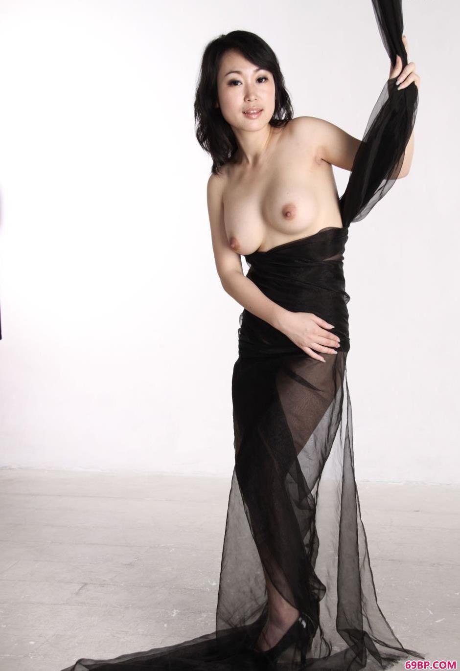 黑色丝巾嫩模sulei4
