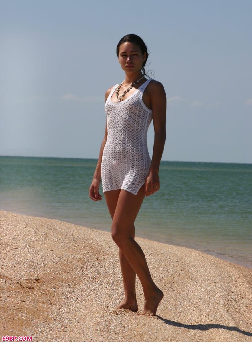 坦噶海滩景美超模更美1_无遮挡男女激烈动态图