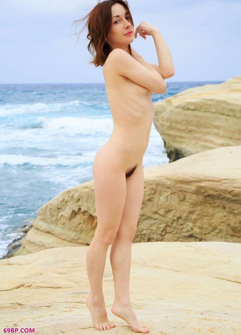 畅想海风的名模Night_日本美女人体艺术