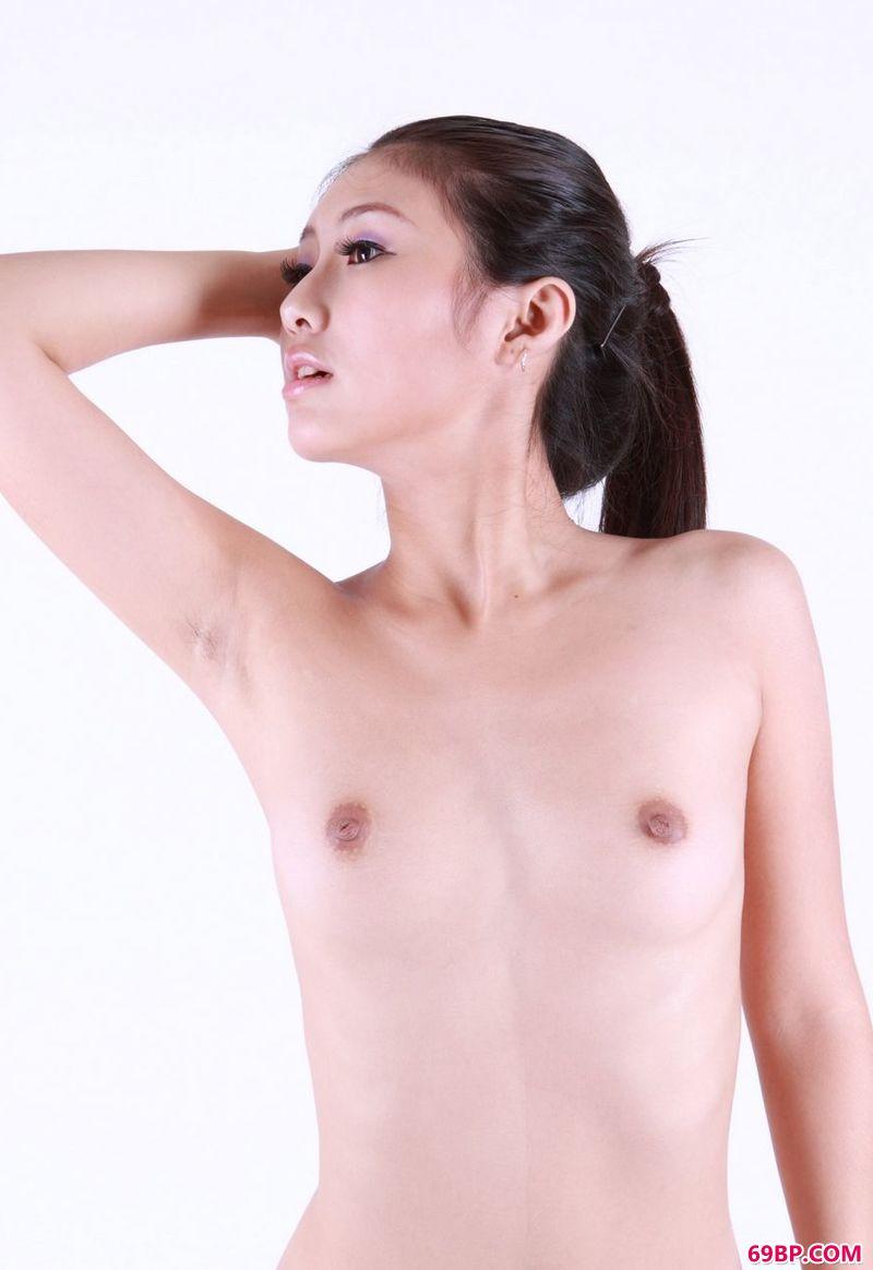 中国人XXXXXXX_小家碧玉靓丽模特丁唯