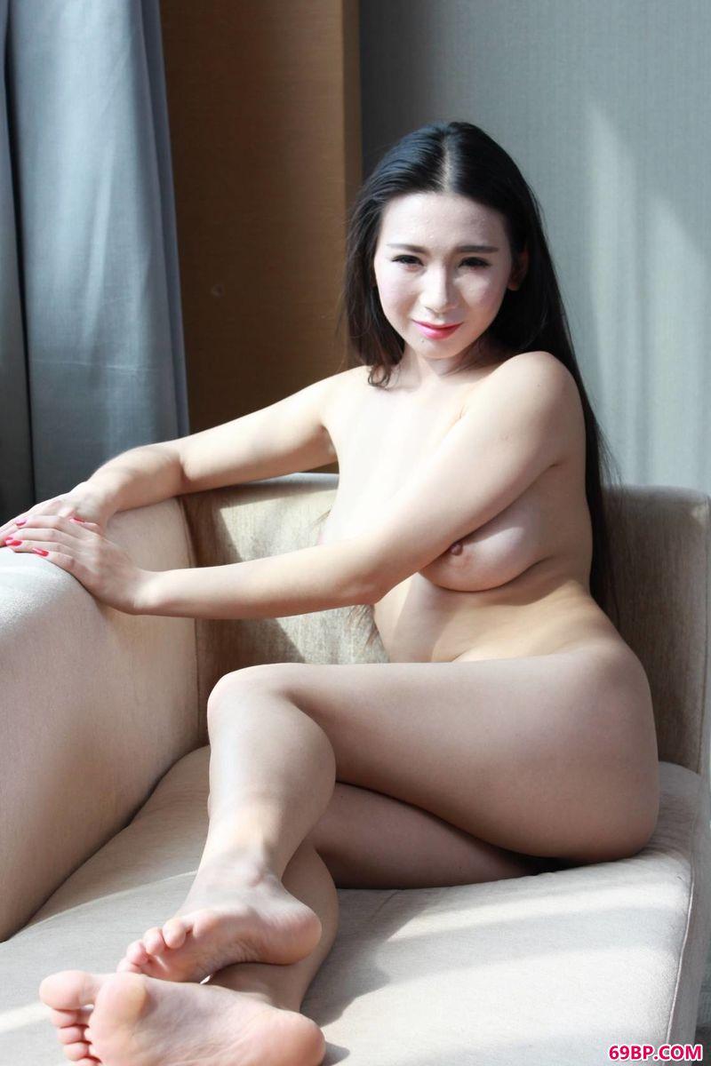 低调的美模浅浅_人体模特摄影网